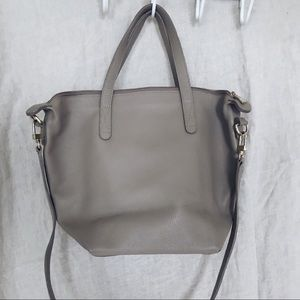 Small Cuyana carry all tote
